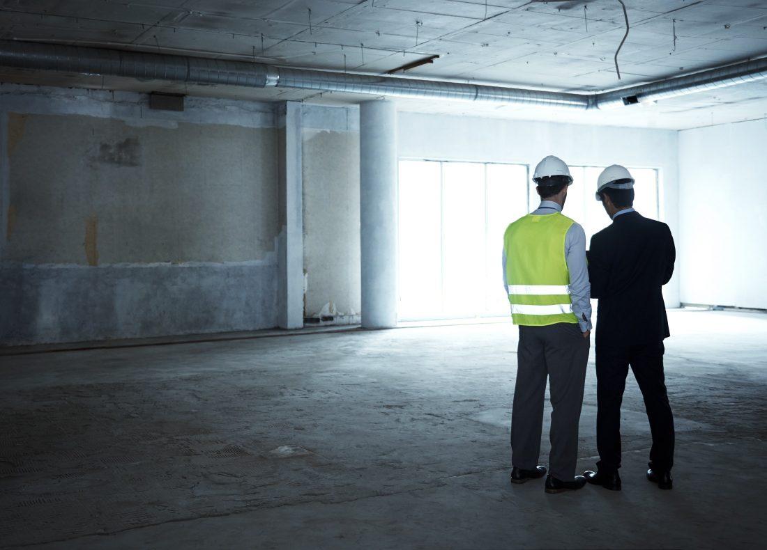 Chef de programmes hôteliers et Chef de chantier sur un chantier de construction d 'un projet hôtelier Suitcase Hospitality