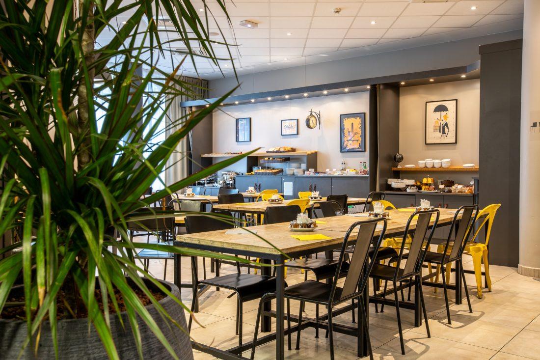 Salle Petit-Déjeuner Hôtel Best Western Plus Suitcase Paris La Défense